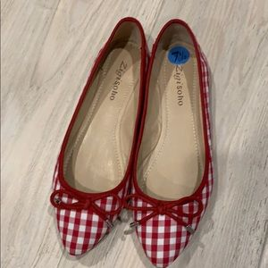 Red and white checked bow tie flats